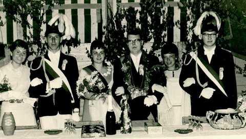 1968 Thron Elisabeth Borgert, Ludger Böckers, Elisabeth Renger, Norbert Feldkamp, Gisela Hüntemann, Herbert Richters