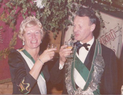 1975 Königspaar Frz.Uppenkamp - Leni Roßmöller