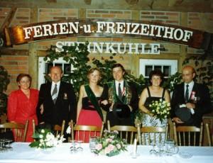 1986 Konigsthron Waltraud und Herbert Kolski, das Königspaar, Christel Kockentiedt und Burkhard Steens