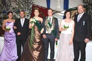 2011 Thron Alexander Lichtenberger und Julia Eißing, Melanie Schulze Farwerk, Florian Blischke, Vera Blischke, Bernd Hölscher